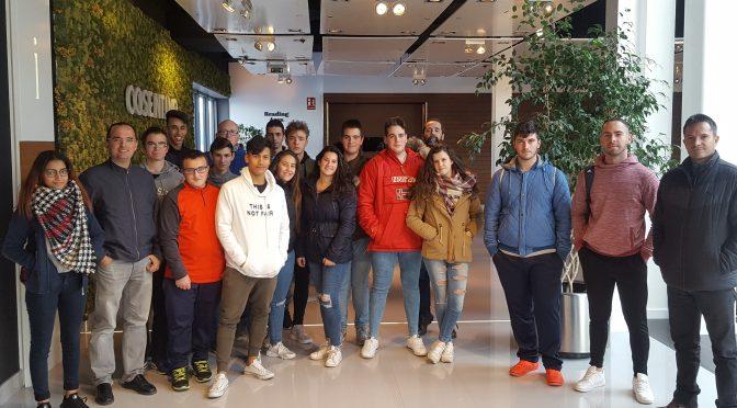 Visita del IES Jaroso a Cosentino